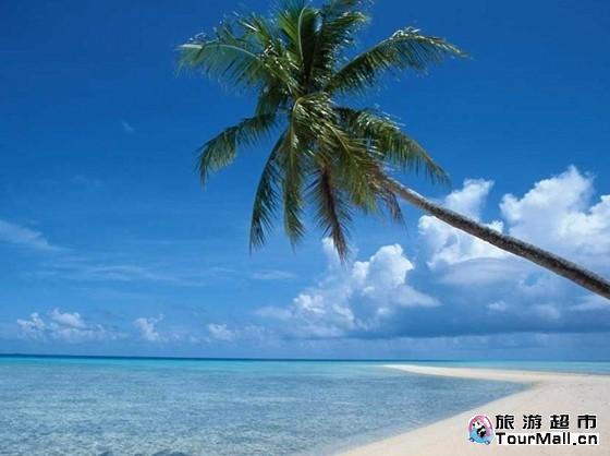 或前往【蜈支洲岛海底世界】,参加各种精彩刺激的水上活动:滑水,帆船